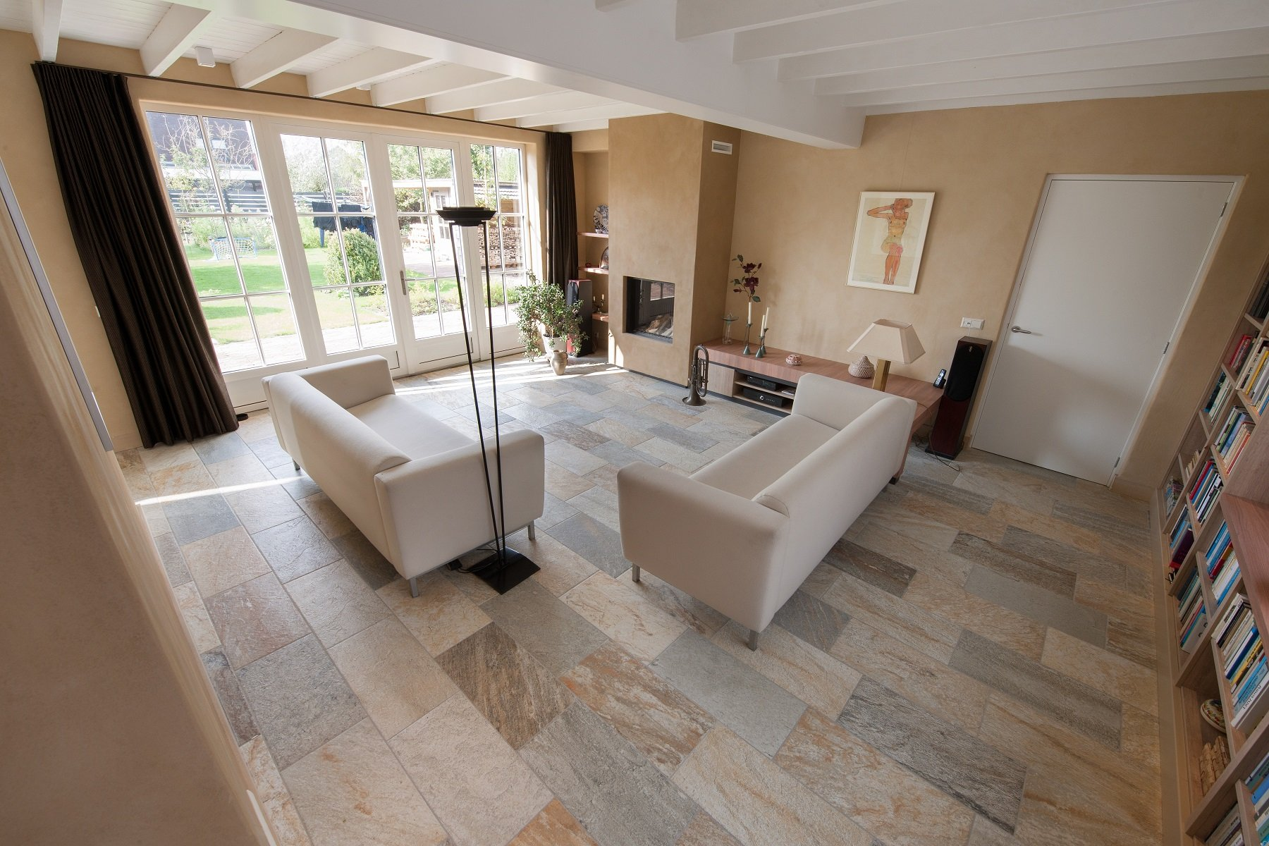 Vloertegels woonkamer kroon vloeren in steen - Kiezen tegelvloer ...
