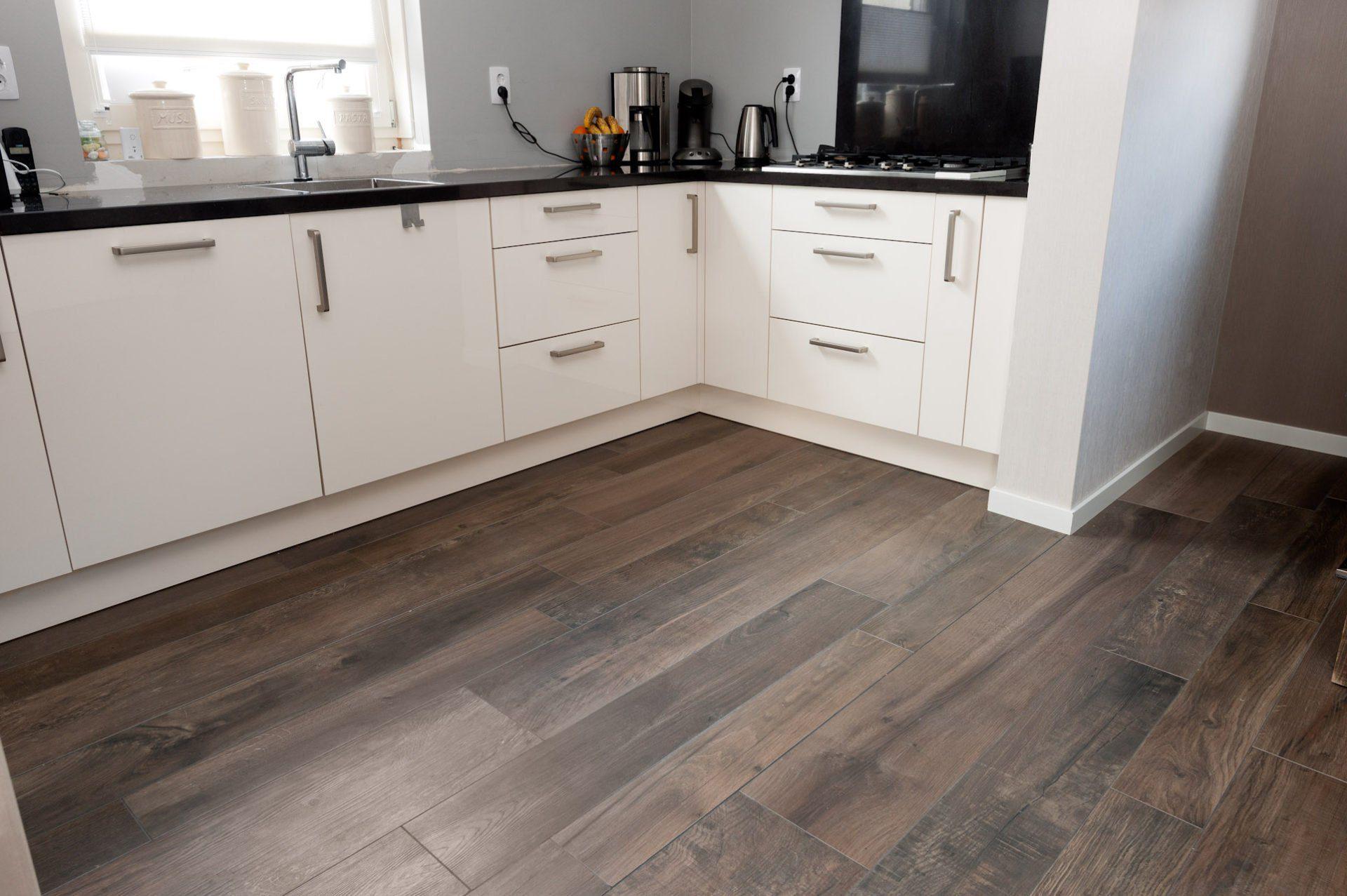 Keukentegels wandtegels voor in de keuken kroon - Keuken steen en hout ...