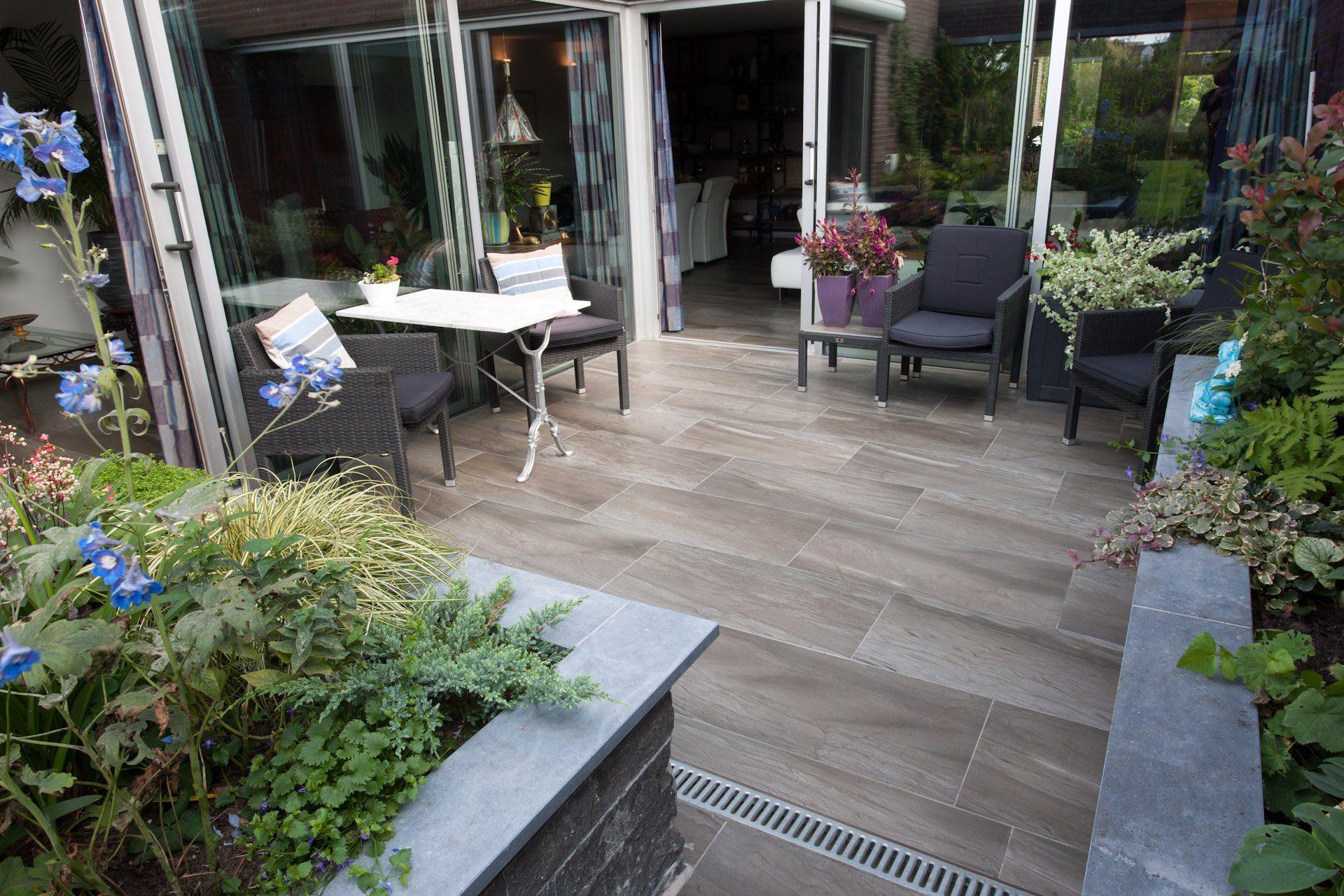 Houtlook Tegels Buiten : Tegels buiten houtlook keramische tuintegels houtlook