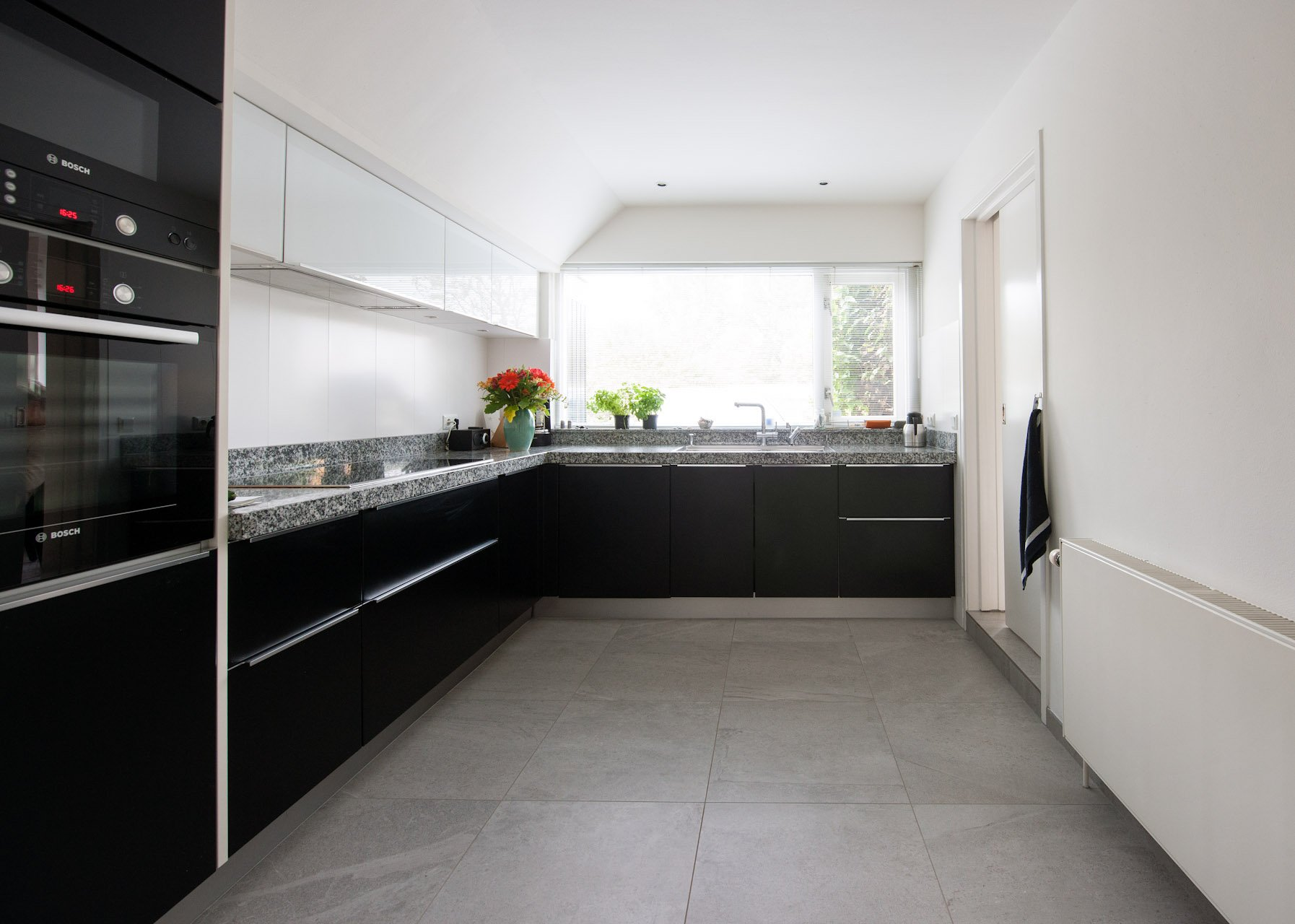 Vloeren keukens tegels: houtlook tegels kroon vloeren in steen