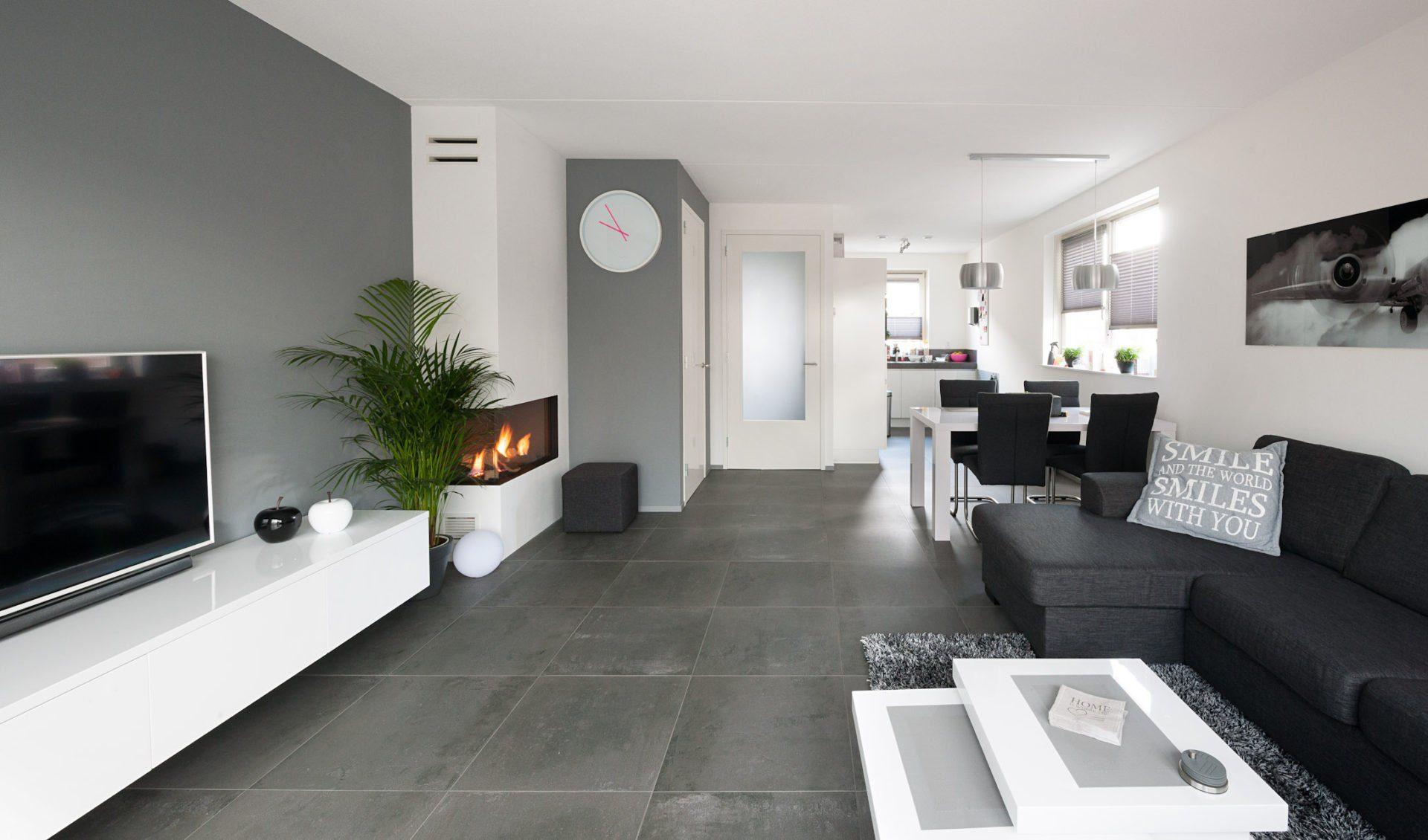 Antraciet tegels in Nieuw-Lekkerland - KROON Vloeren in Steen