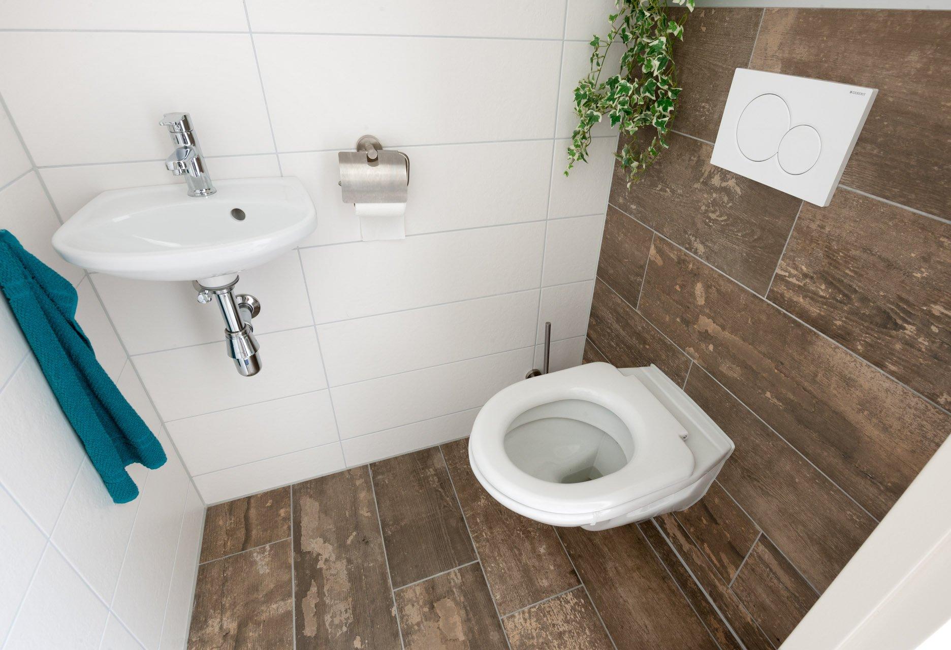 Badkamer Hout Natuursteen : Bw natuursteen badkamers in natuursteen graniet en marmer